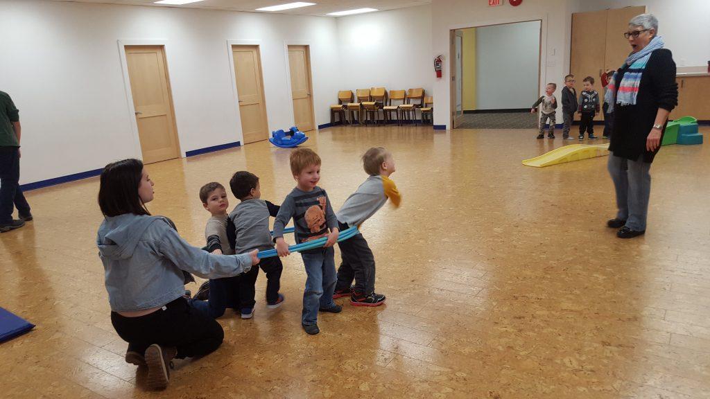 Temple B'nai Tikvah Shabbat School Shabbatots recess